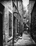 Alley in the High Street of Glasgow around 1860