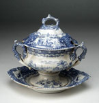Tureen with lid & plate