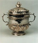 Covered silver porringer