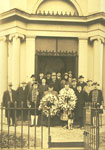 Wreath Laying Ceremony at Burns Mausoleum, 25th January 1925