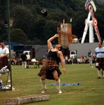 Weight shifting at the Bridge of Allan Highland Games
