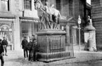 Wellington's statue, High Street, Falkirk, c.1900