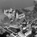 Aerial view of St Michael's Church and Linlithgow Palace, Linlithgow, West Lothian